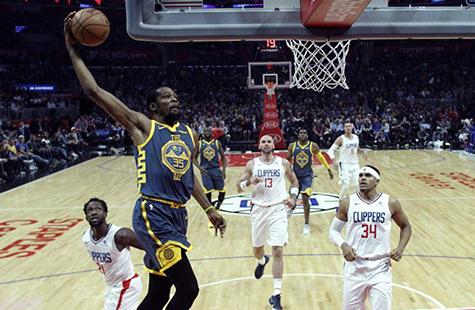 NBA常规赛:快船胜勇士