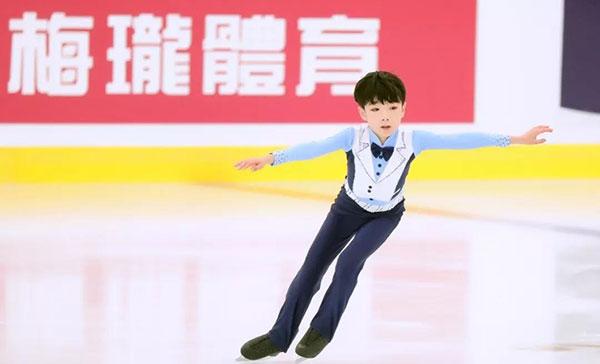 推荐:全国花样滑冰少年赛临汾上演,田桐赫挑战新难度