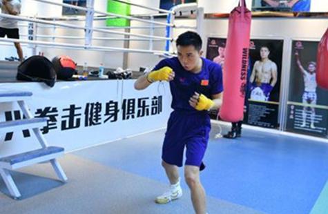 中国拳王徐灿:把更多金腰带带回家乡