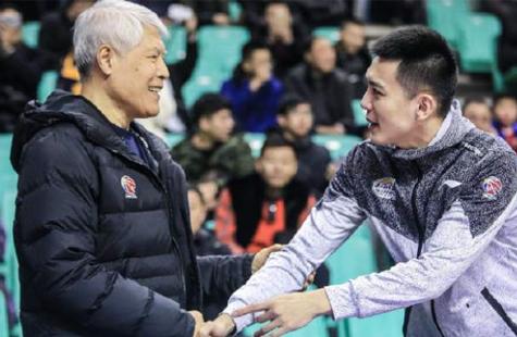 辽篮更新教练组名单:杨鸣执掌教鞭 蒋兴权任顾问