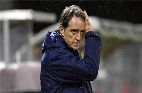 意大利队与主教练曼奇尼续约至2026年